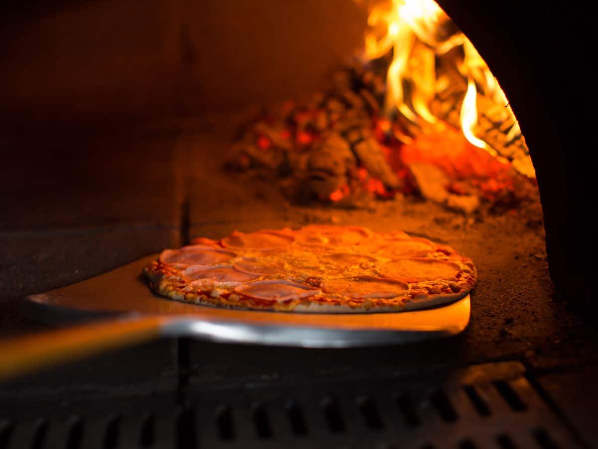 Pizzasschaufel dür den Pizzaofen