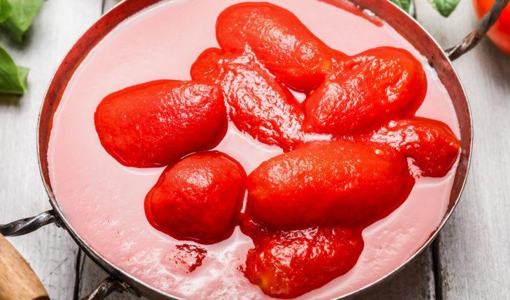 So schält man Tomaten richtig